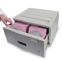 Merveilleux Locking DVD/CD Storage Drawer Image